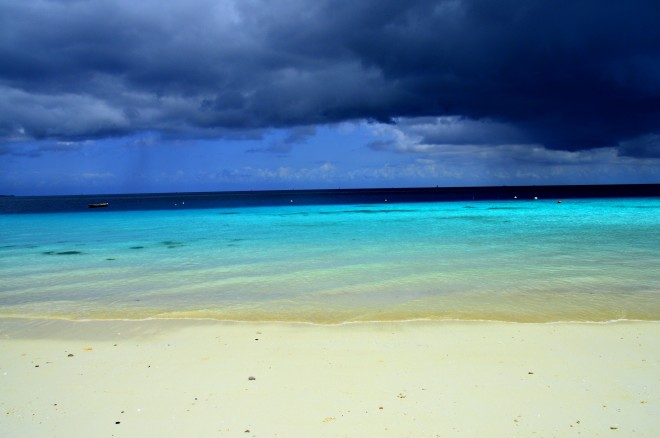 rzh-beach-storm
